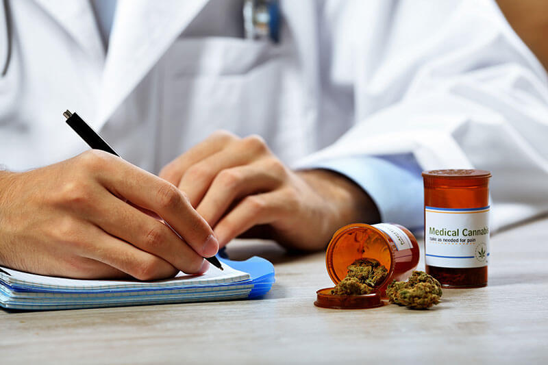 difference between medicinal and recreational cannabis shopping experience
