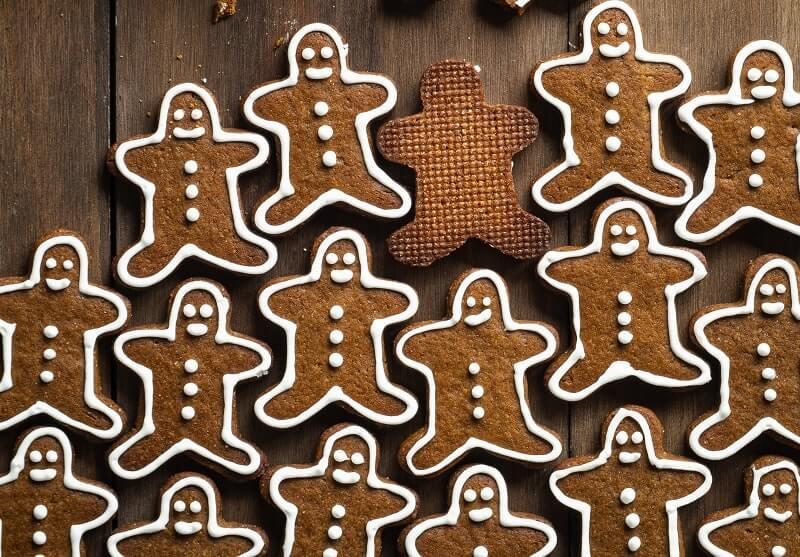 cannabis gingerbread cookies